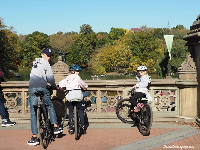 central park en automne à vélo